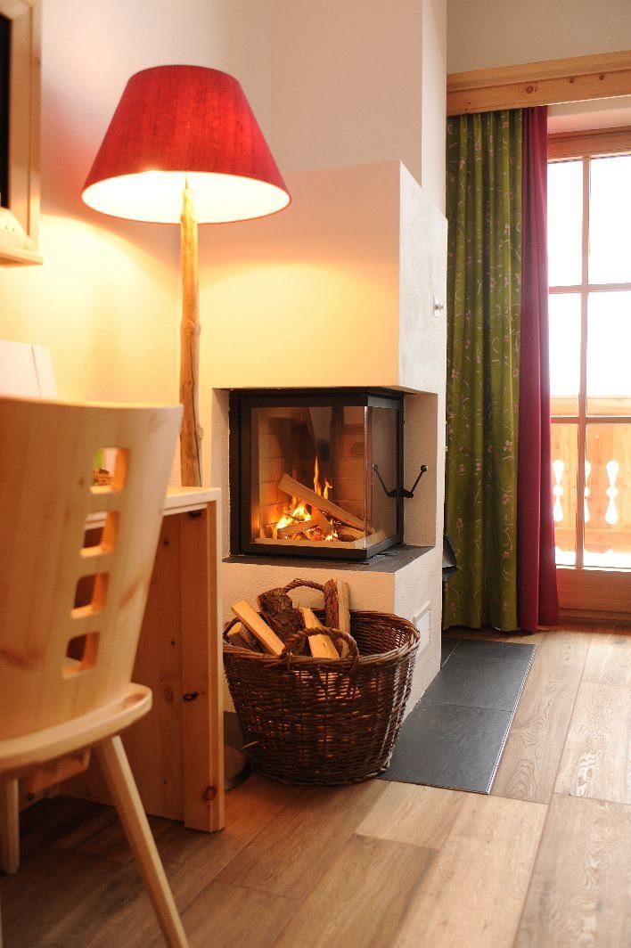 kamin suite himmelreich. Black Bedroom Furniture Sets. Home Design Ideas
